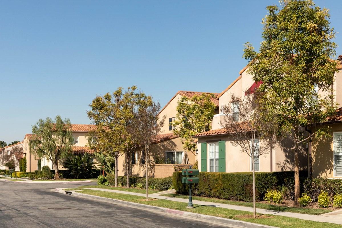 Oak Creek, Irvine CA - Neighborhood Guide | Trulia