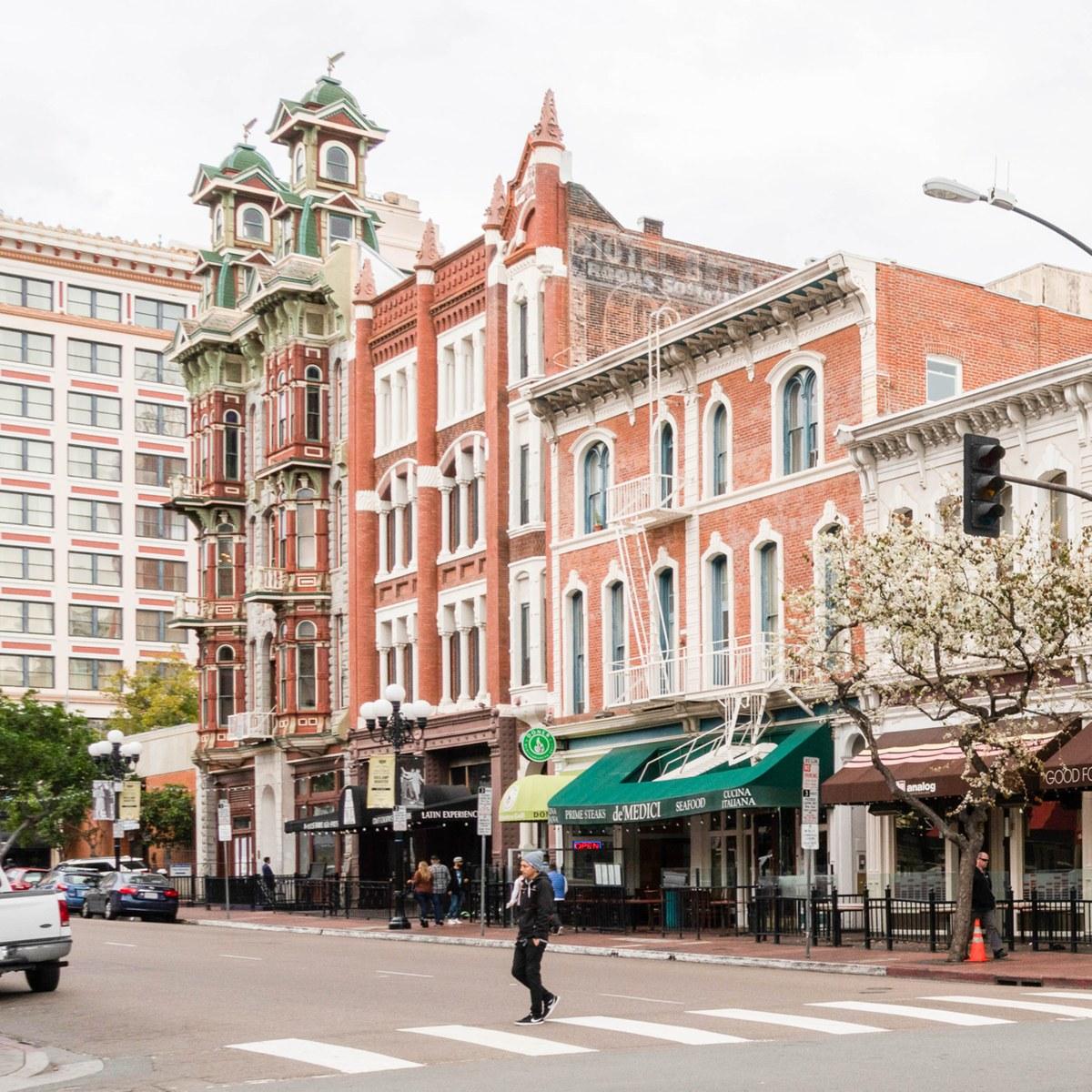 Gaslamp Quarter, San Diego CA - Neighborhood Guide
