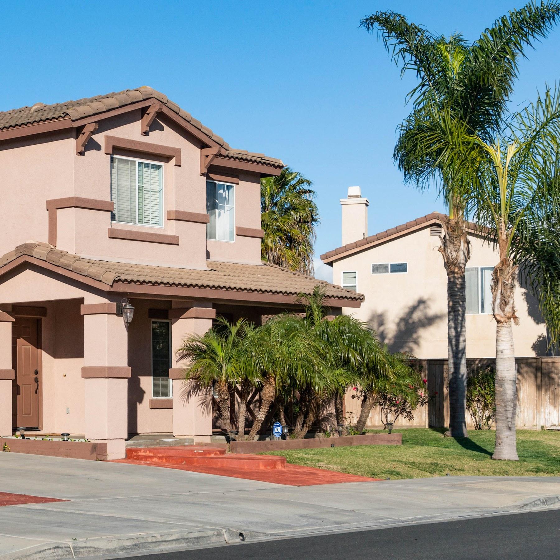 San Diego Apartments For Sale: San Ysidro, San Diego CA - Neighborhood Guide
