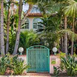 Santa Monica, CA Townhomes For Sale - 17 Listings | Trulia