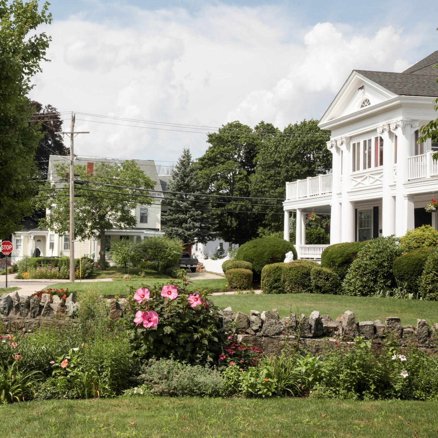 Melrose Ma Apartments: East Side, Melrose MA - Neighborhood Guide