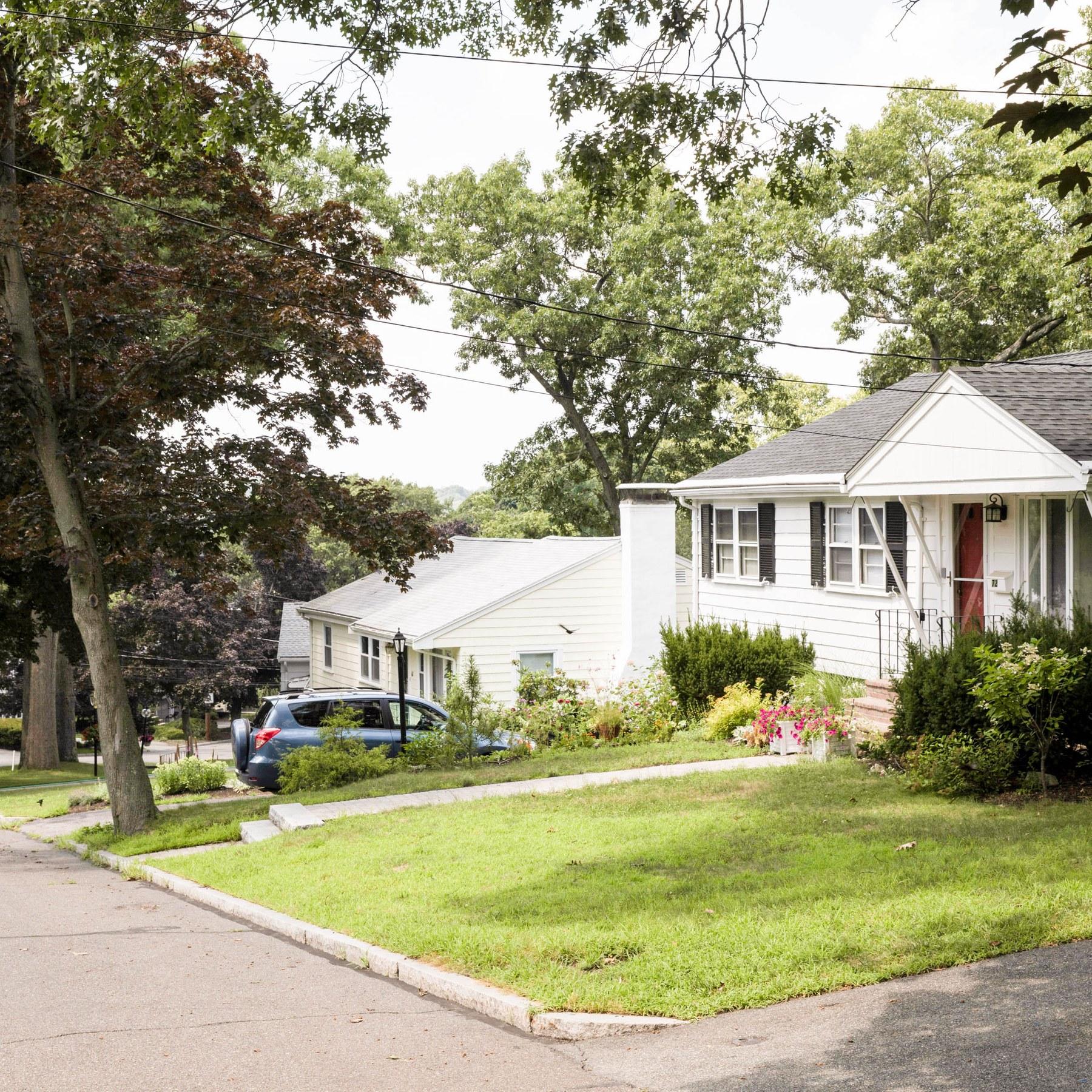 Local Com Homes For Rent: Oak Grove/Pine Banks, Melrose MA - Neighborhood Guide