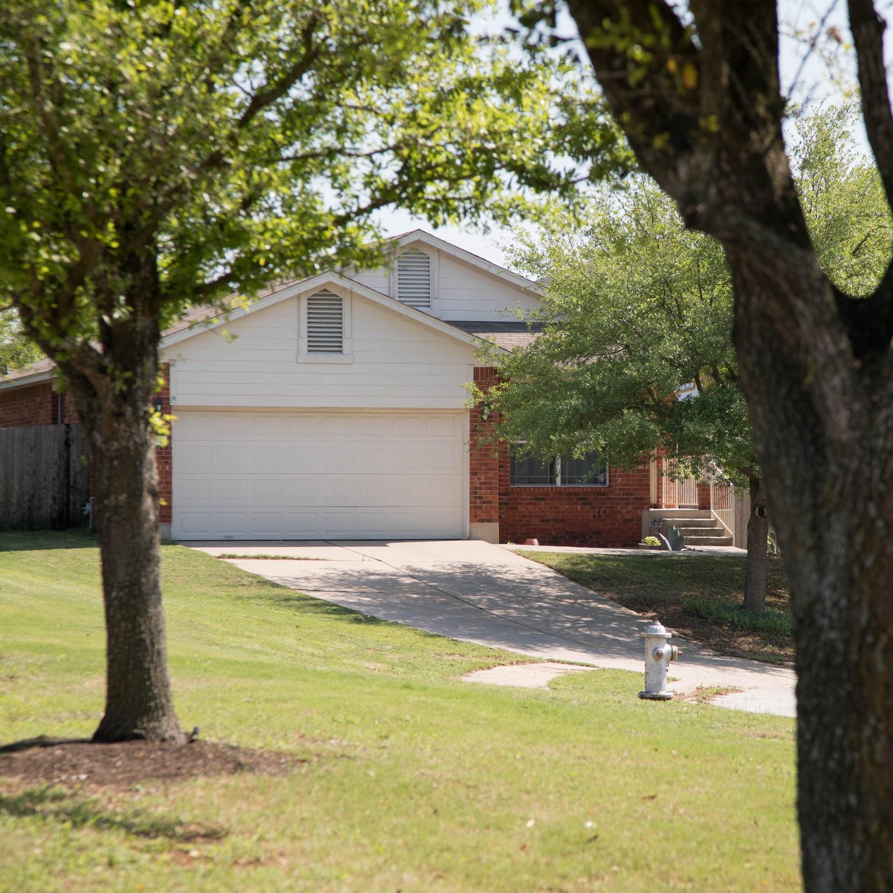 Brookfield Estates, Pflugerville TX