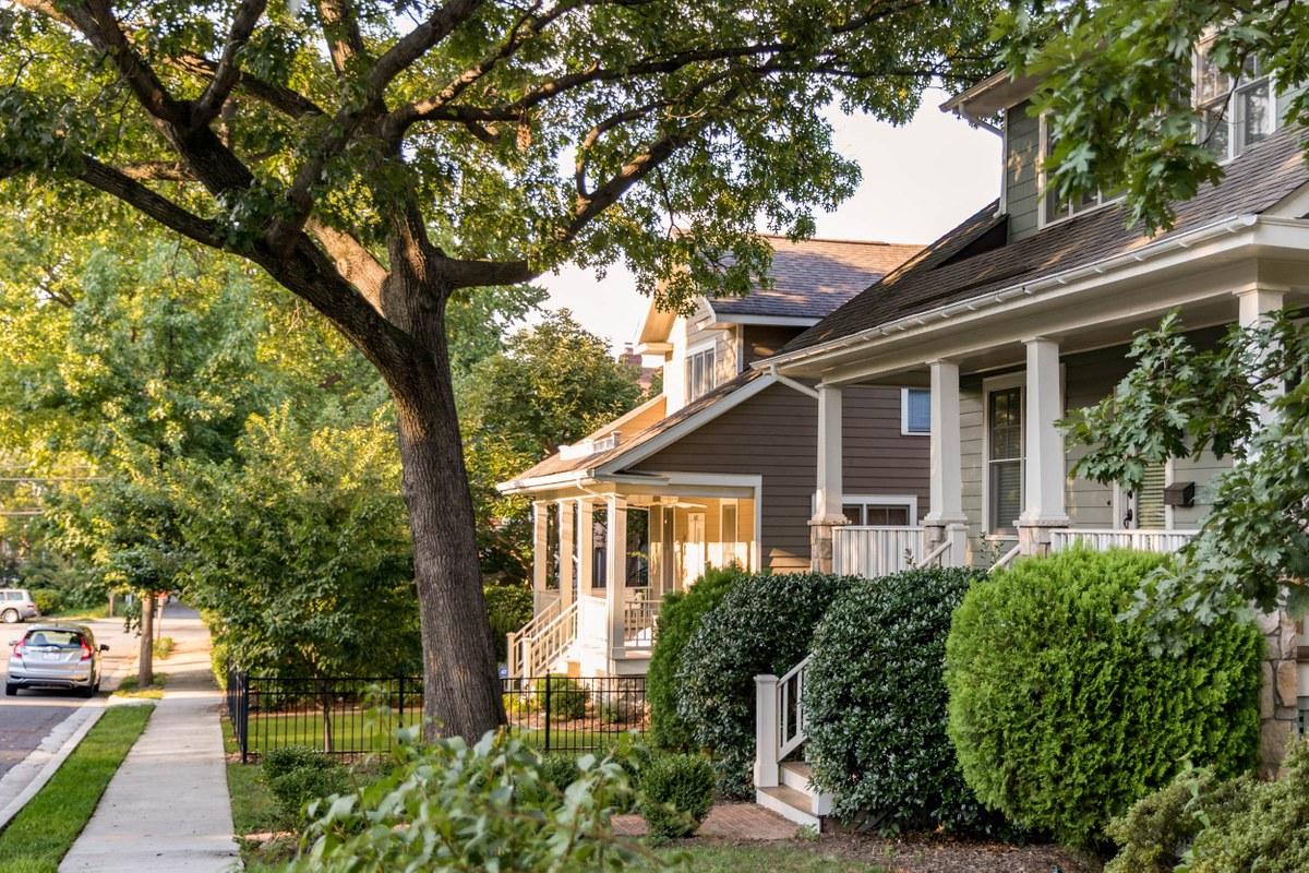 4a4576fe7af Lyon Park Neighborhood Guide - Arlington